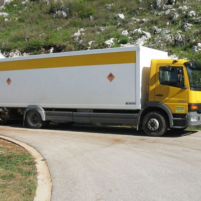booster crna gora kamion