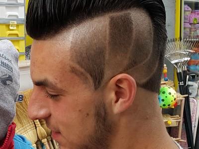 frizer ben tetovaze u kosi 1