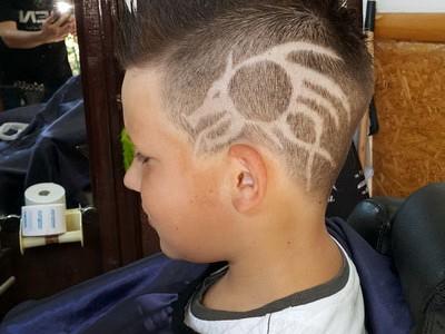 frizer ben tetovaze u kosi 21